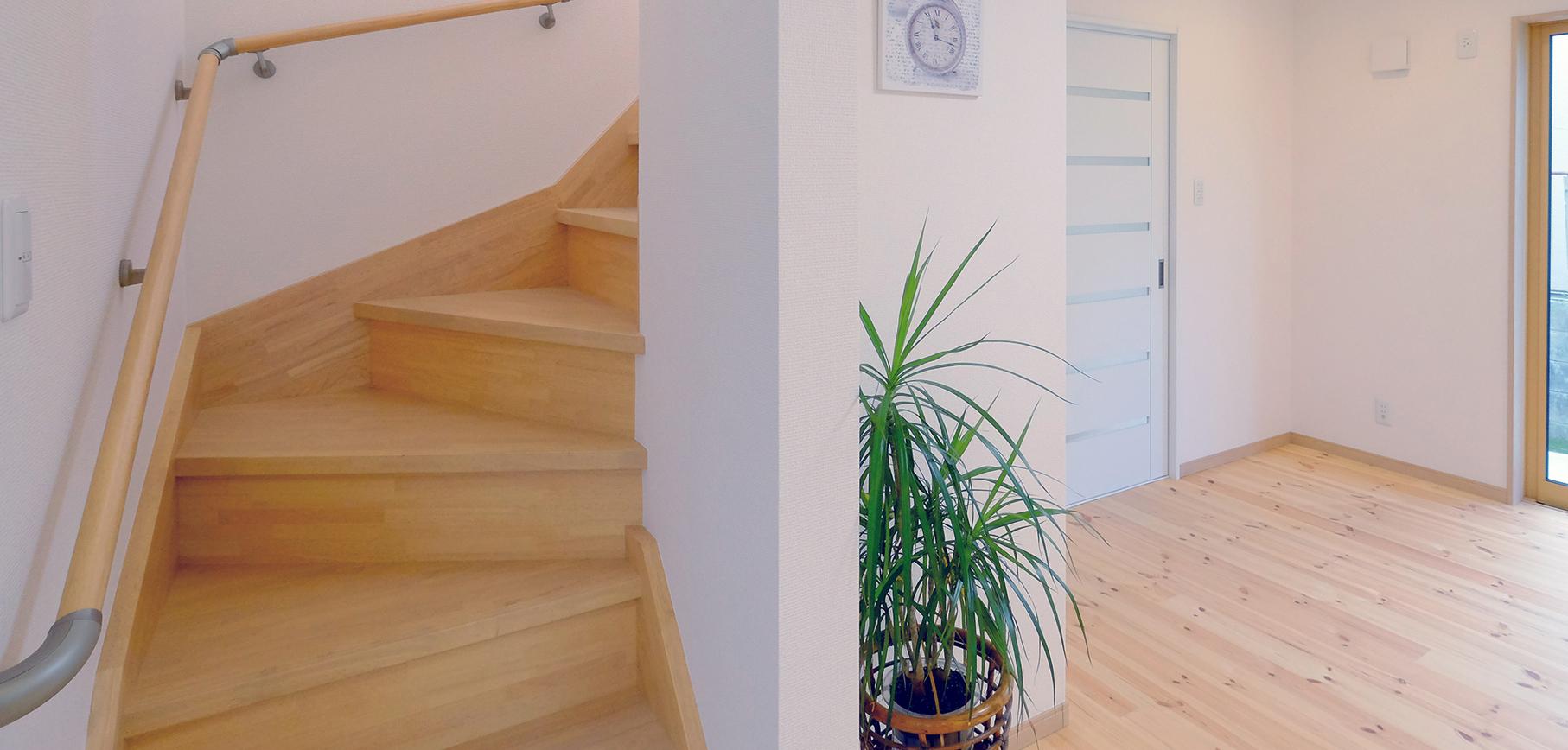 駅徒歩圏内の緑と眺望に恵まれた新築マンションに住まう